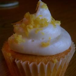 Lemon-Filled Cupcakes