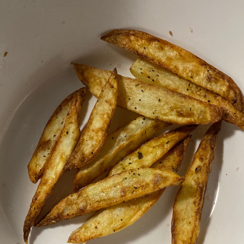 Air Fryer Salt and Vinegar Fries for One kittyramos