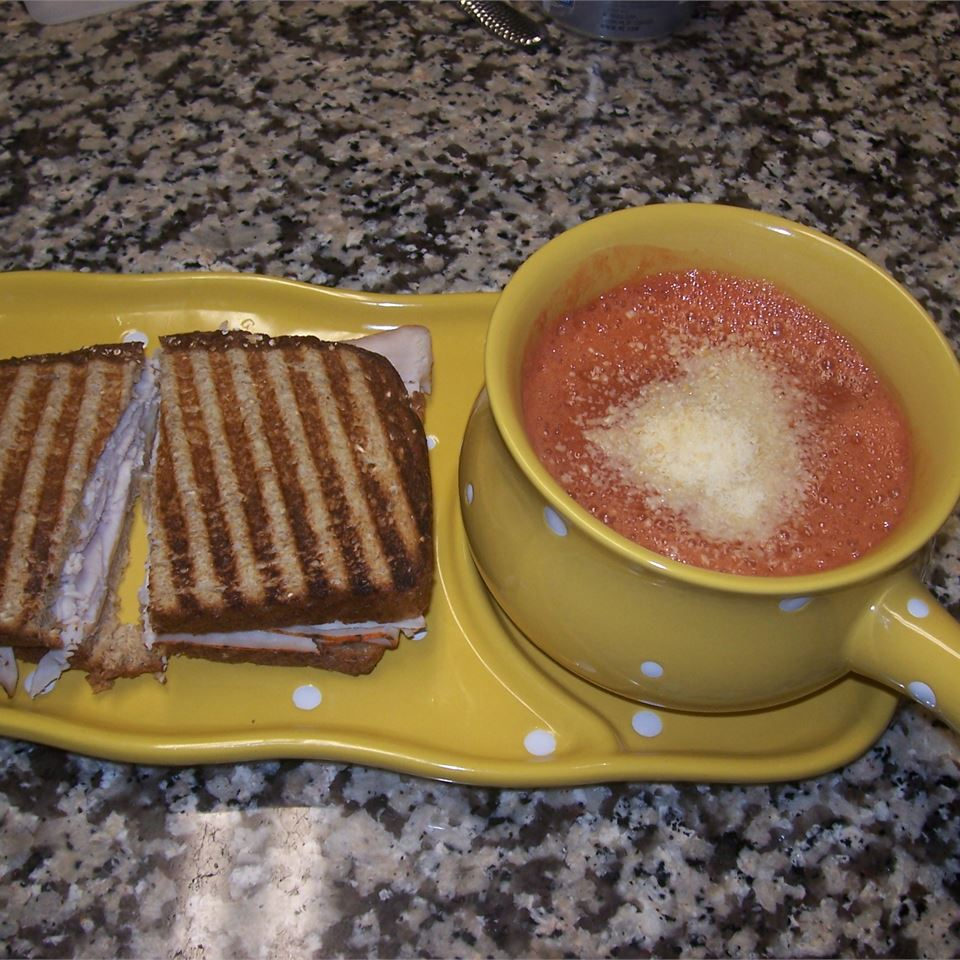 Zesty Tomato Soup for One Janet H
