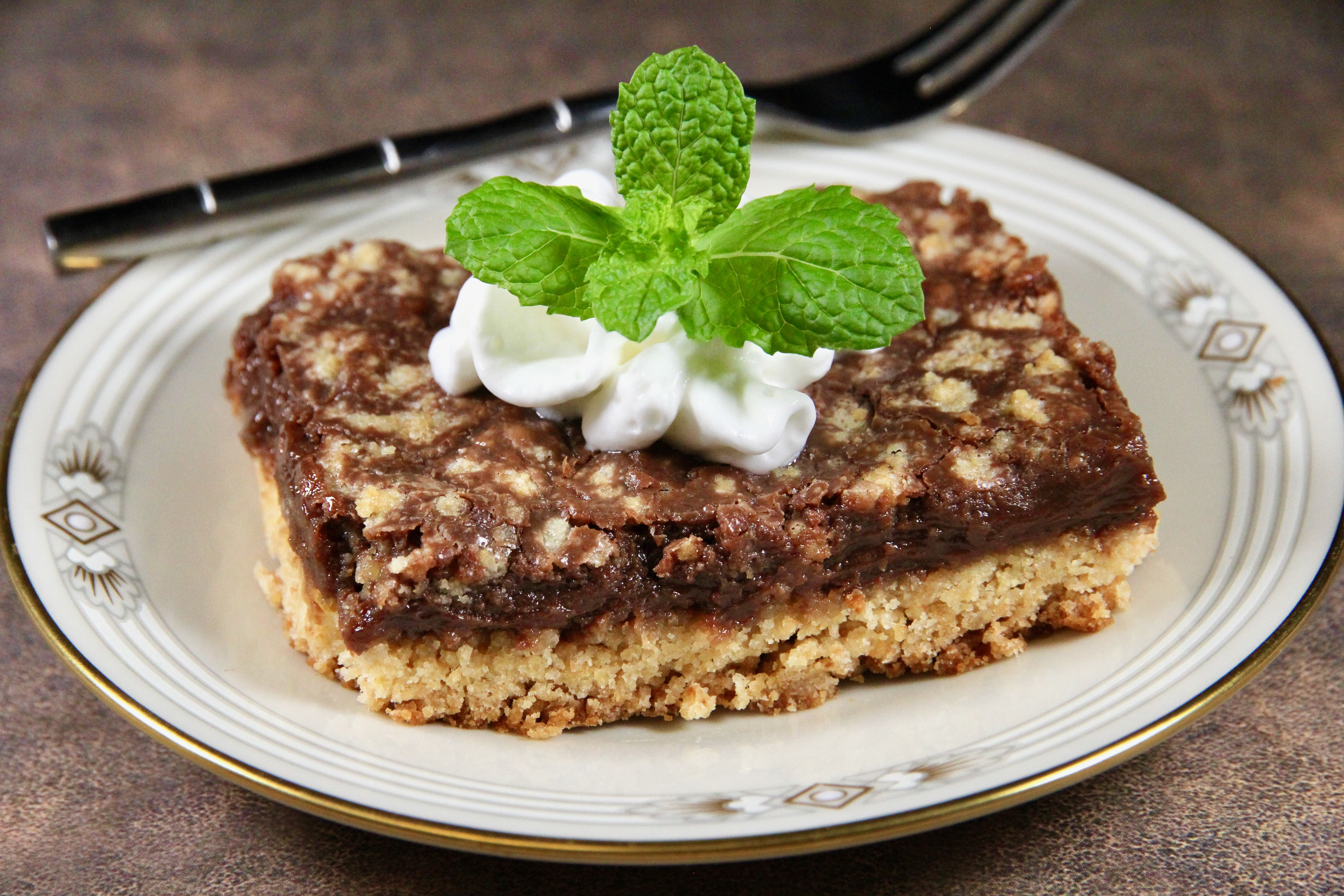 Easy Chocolate Cookie Bars with Cake Mix