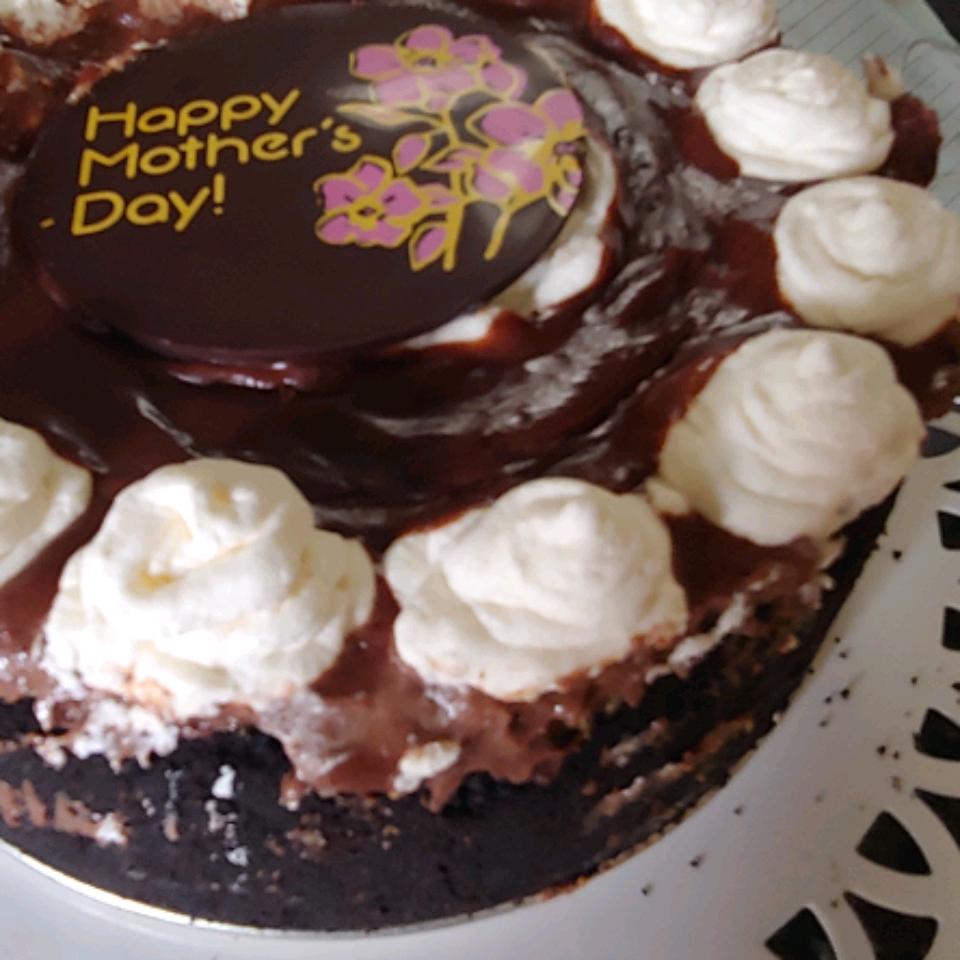 Ghirardelli Layered Chocolate Cheesecake With Ganache Glaze jp