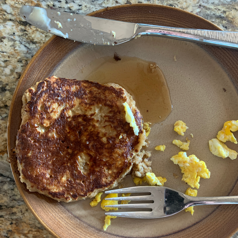 Flourless Oatmeal Blueberry Pancakes RAL