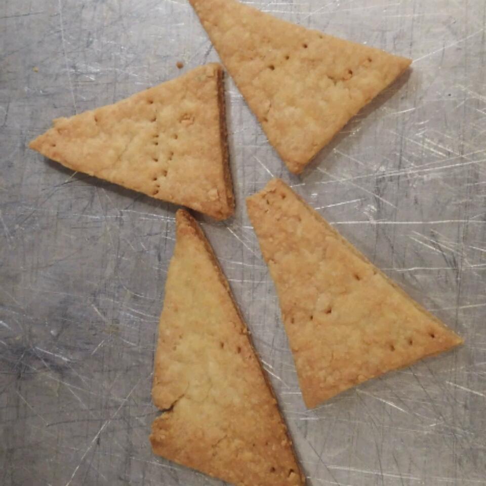 Crispy Rosemary Sea Salt Flatbread Crackers Grace Myers