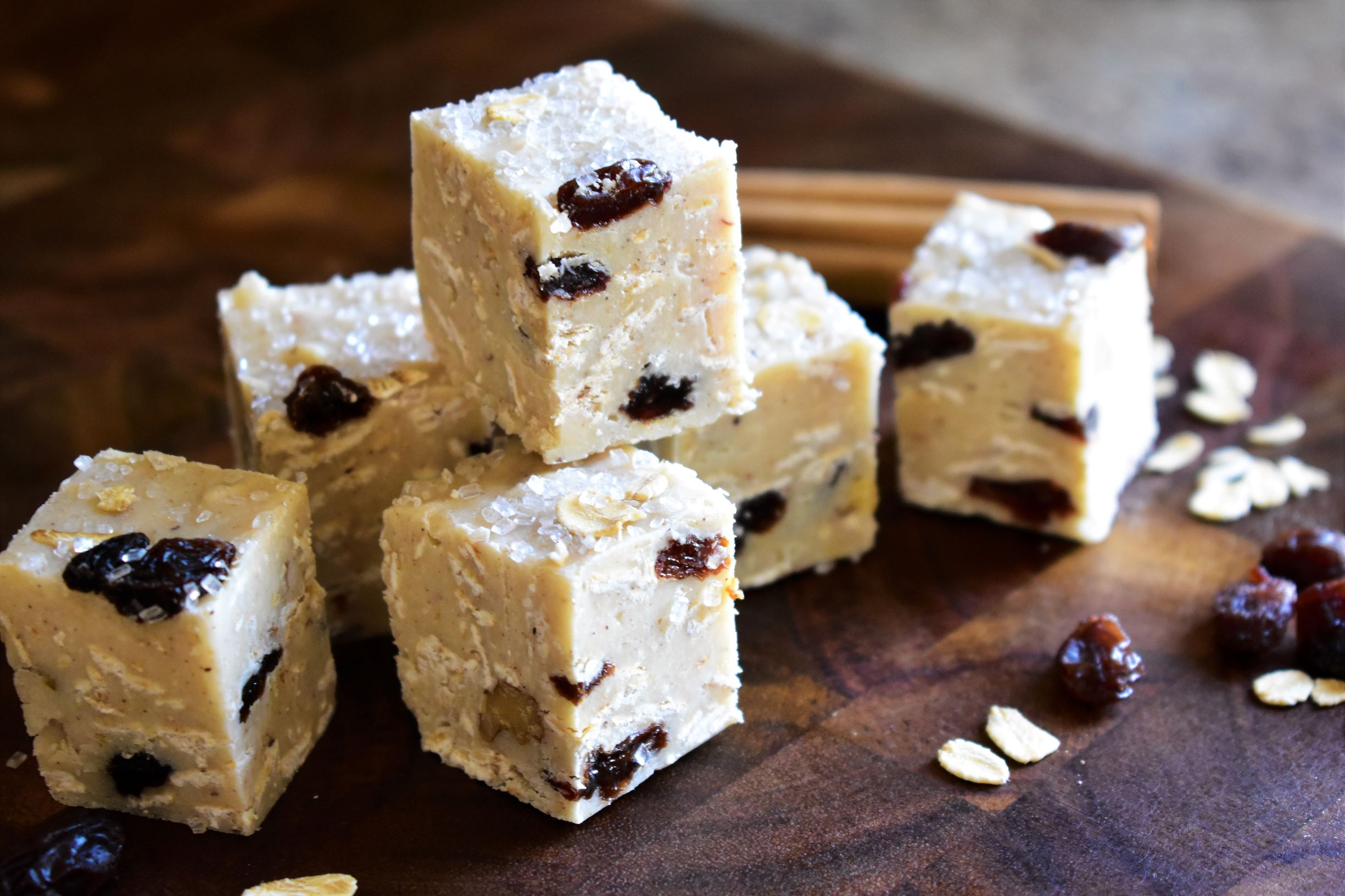 Oatmeal-Raisin Cookie Fudge
