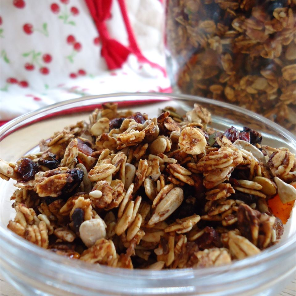 Crunchy and Delicious Granola cait713