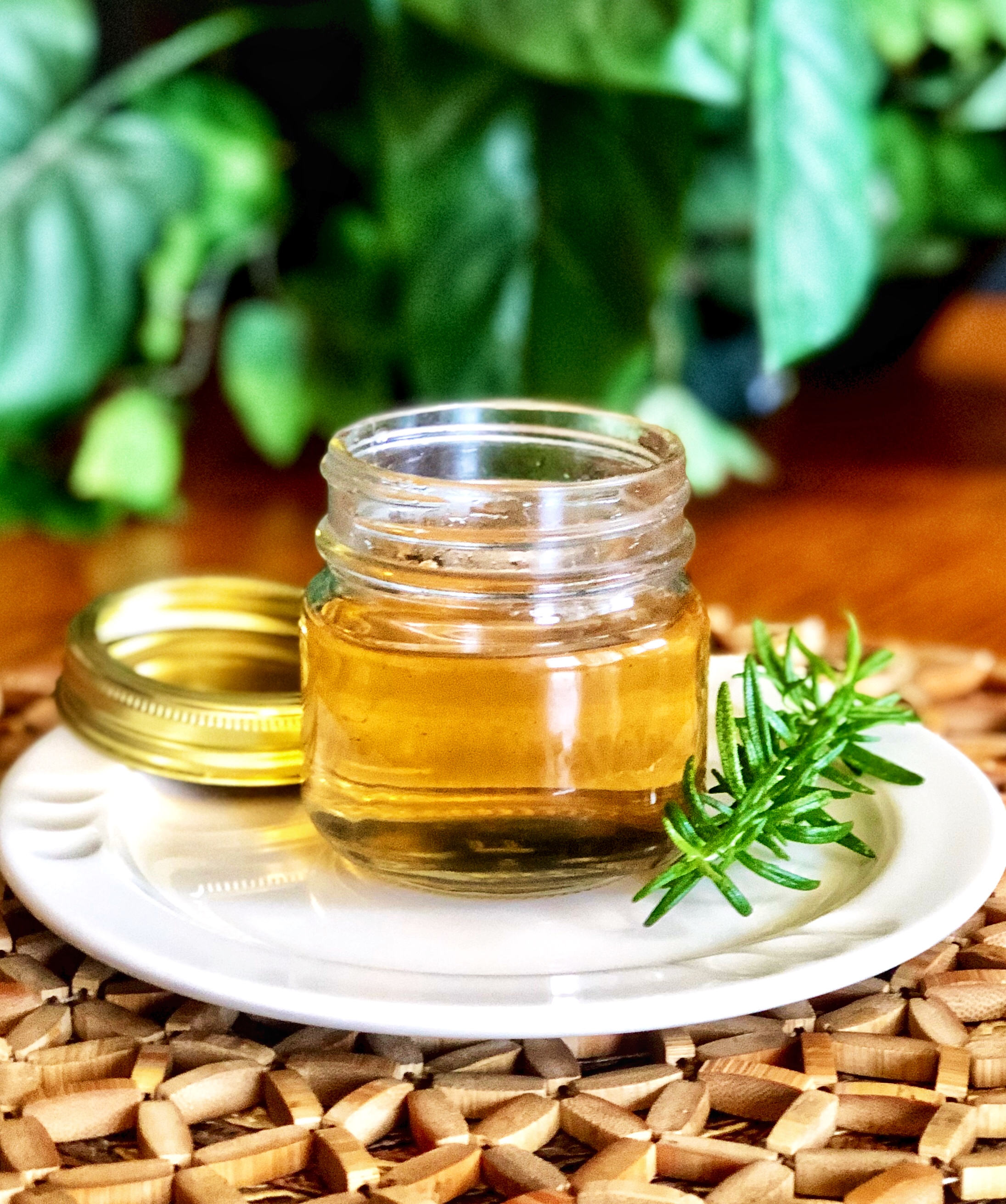 Rosemary Simple Syrup Yoly