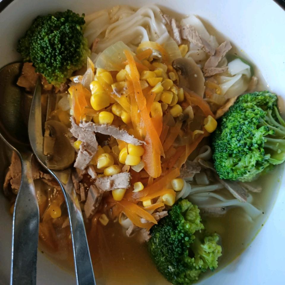 Pho-Vietnamese Noodle Soup Mummy Ray