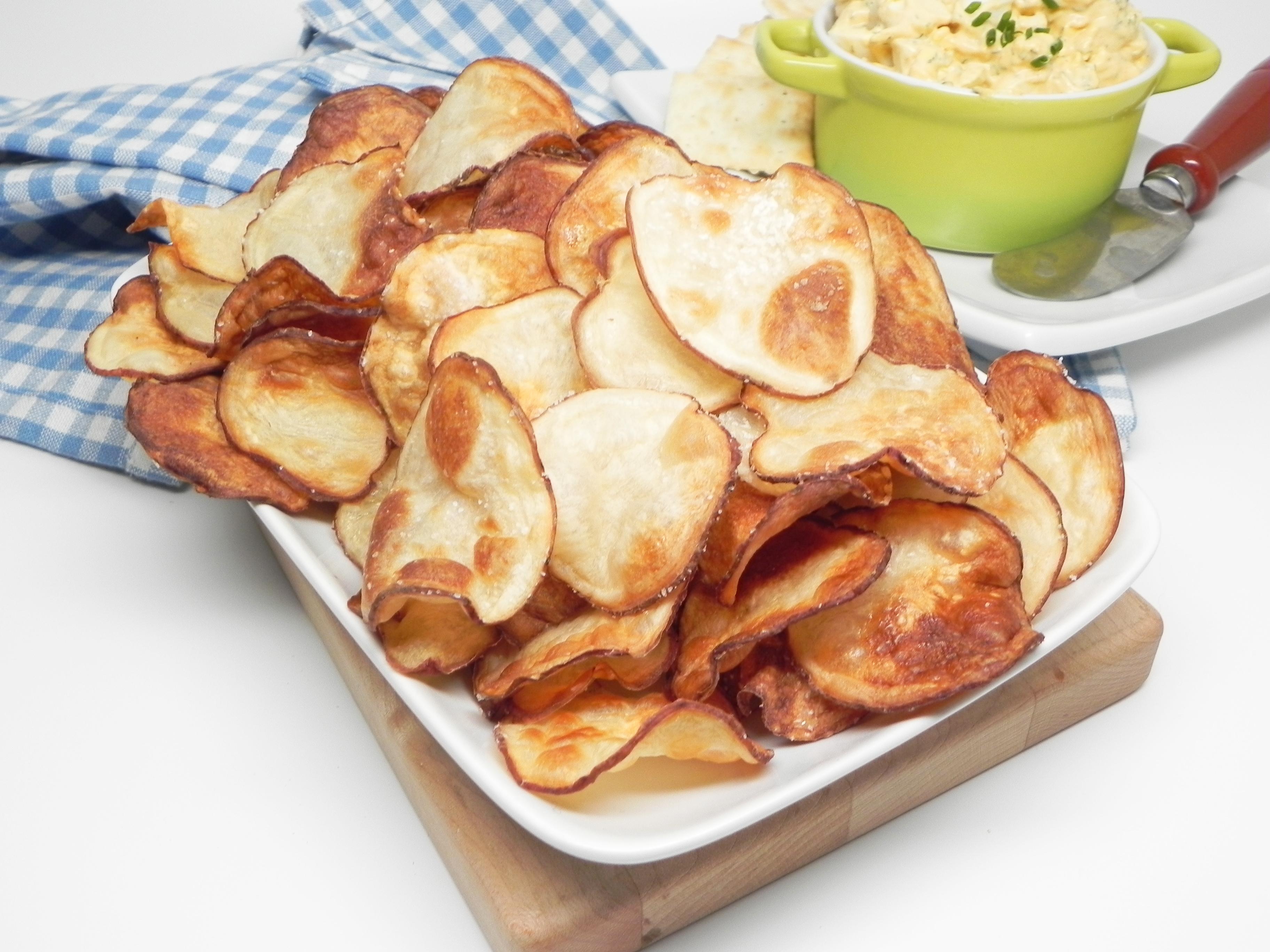Air Fryer Salt and Vinegar Potato Chips