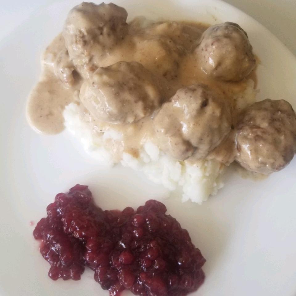 Grandma's Authentic Swedish Meatballs Neeceem63