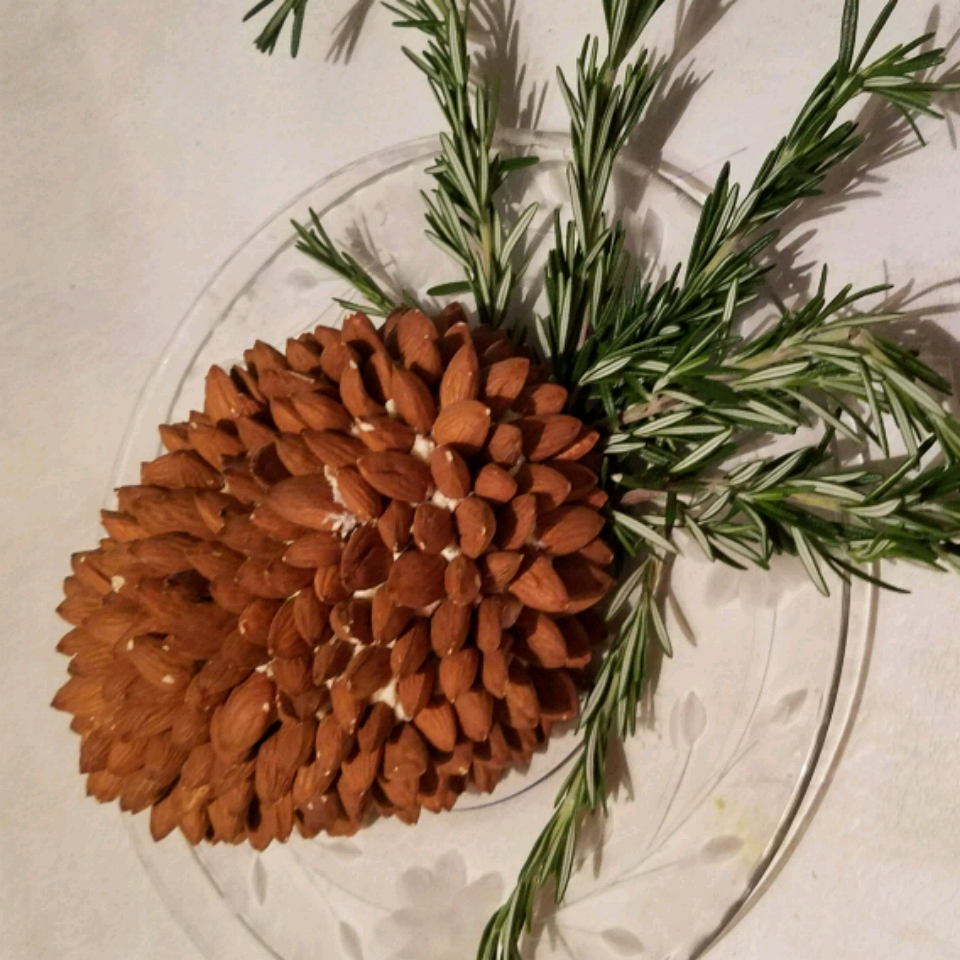 Pine Cone Cheese Ball Teresa Pickell