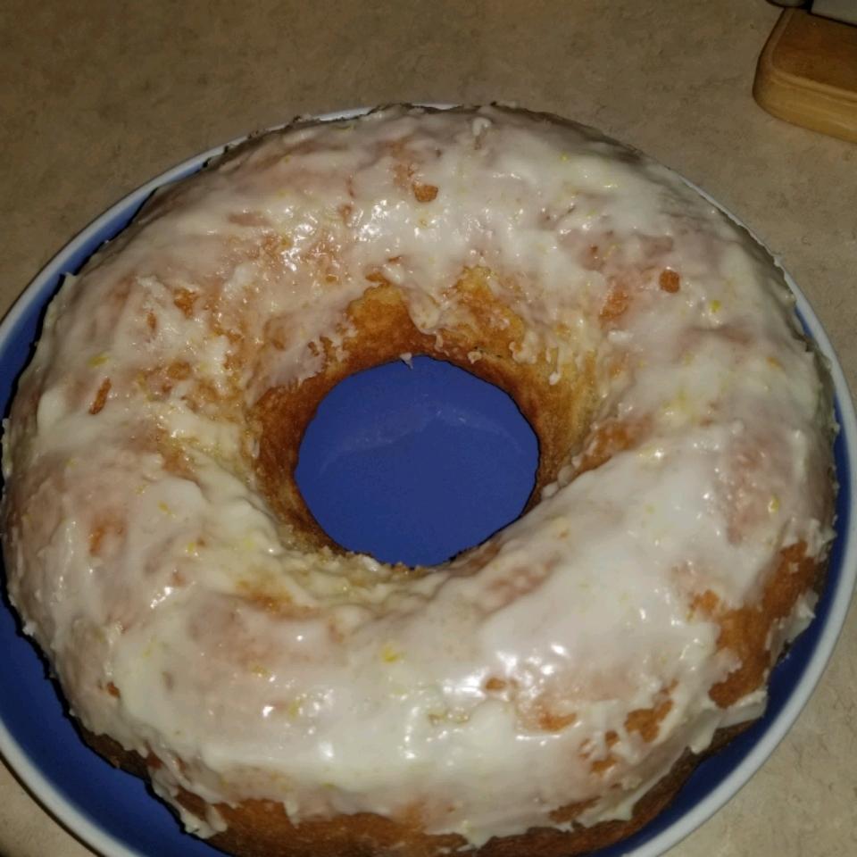 Fresh Lemon Bundt Cake lauder