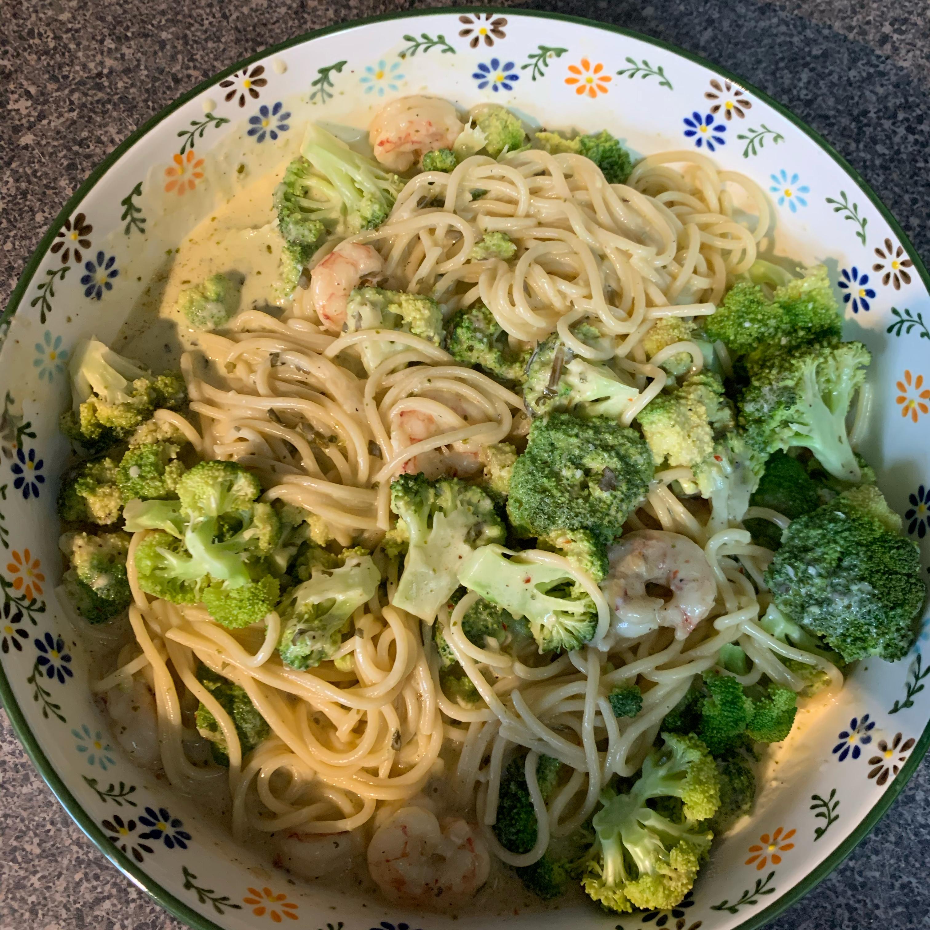 Angel Hair Pasta with Garlic Shrimp and Broccoli Jett