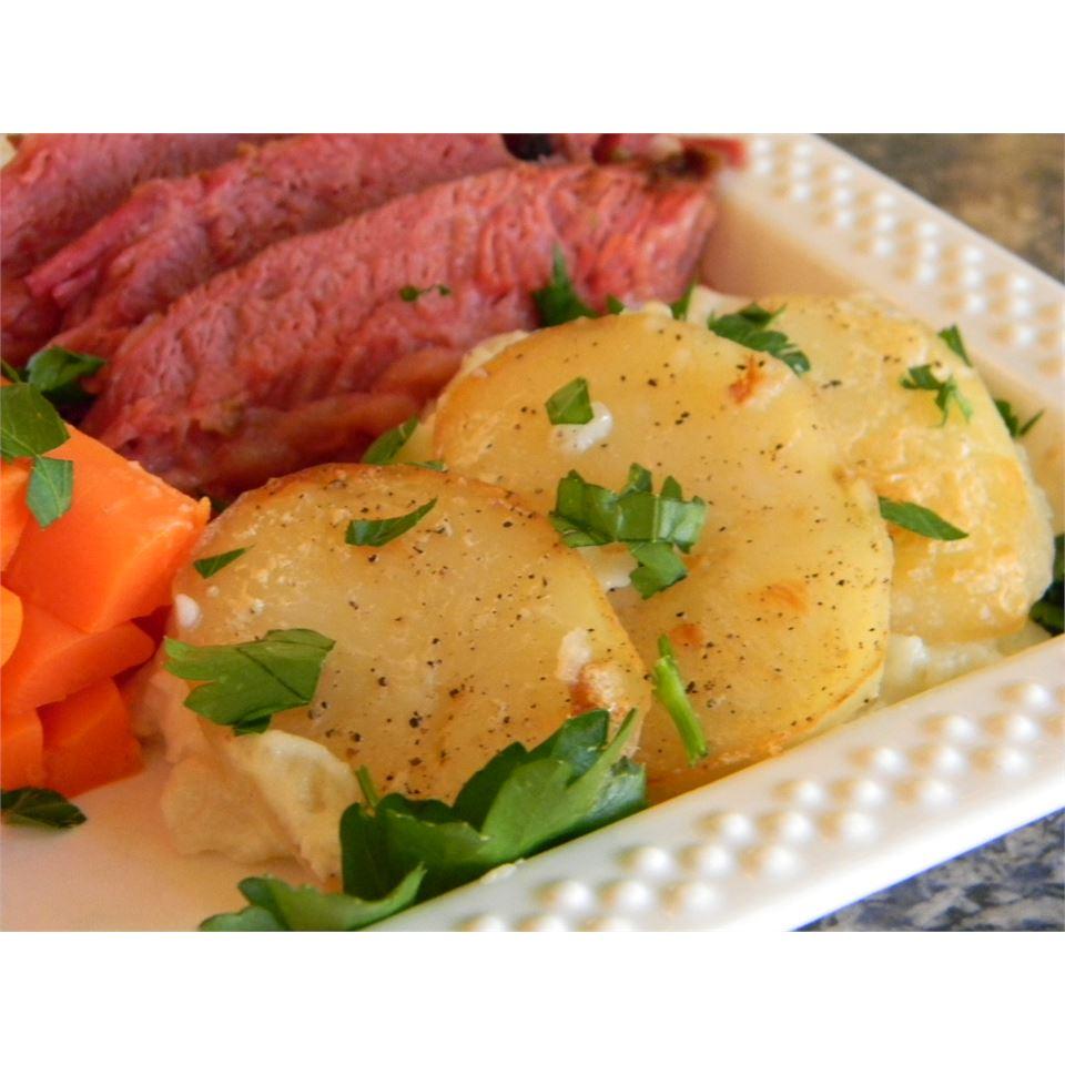 Old Irish Scalloped Potatoes Baking Nana