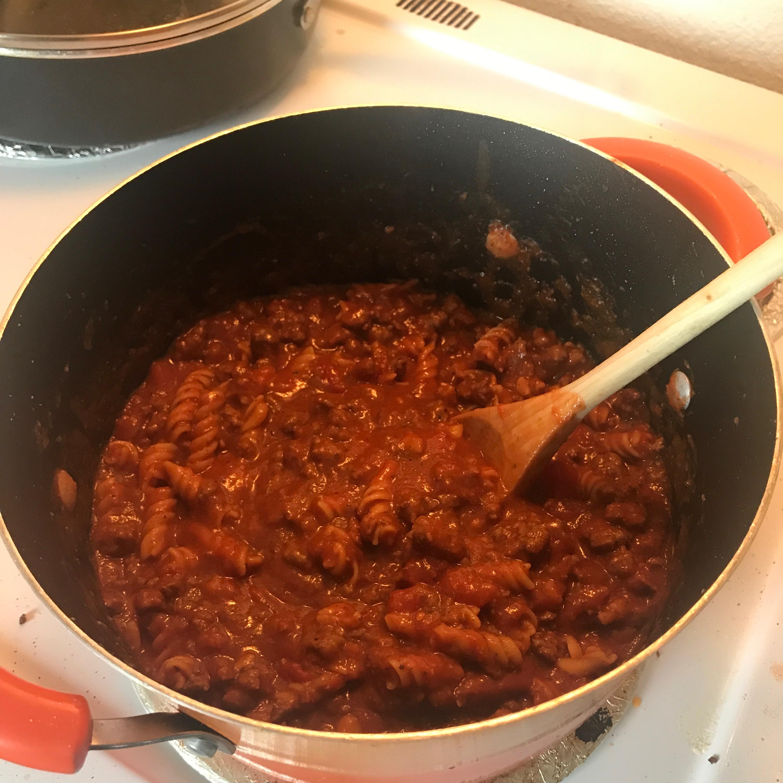 Hearty Beef Lasagna Soup