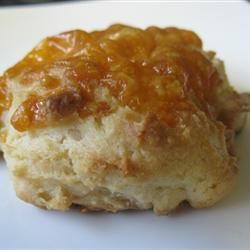 Garlic Cheese Biscuits mommyluvs2cook