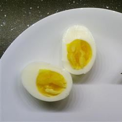 "Easy-Peel Hard-""Boiled"" Eggs cerberus"