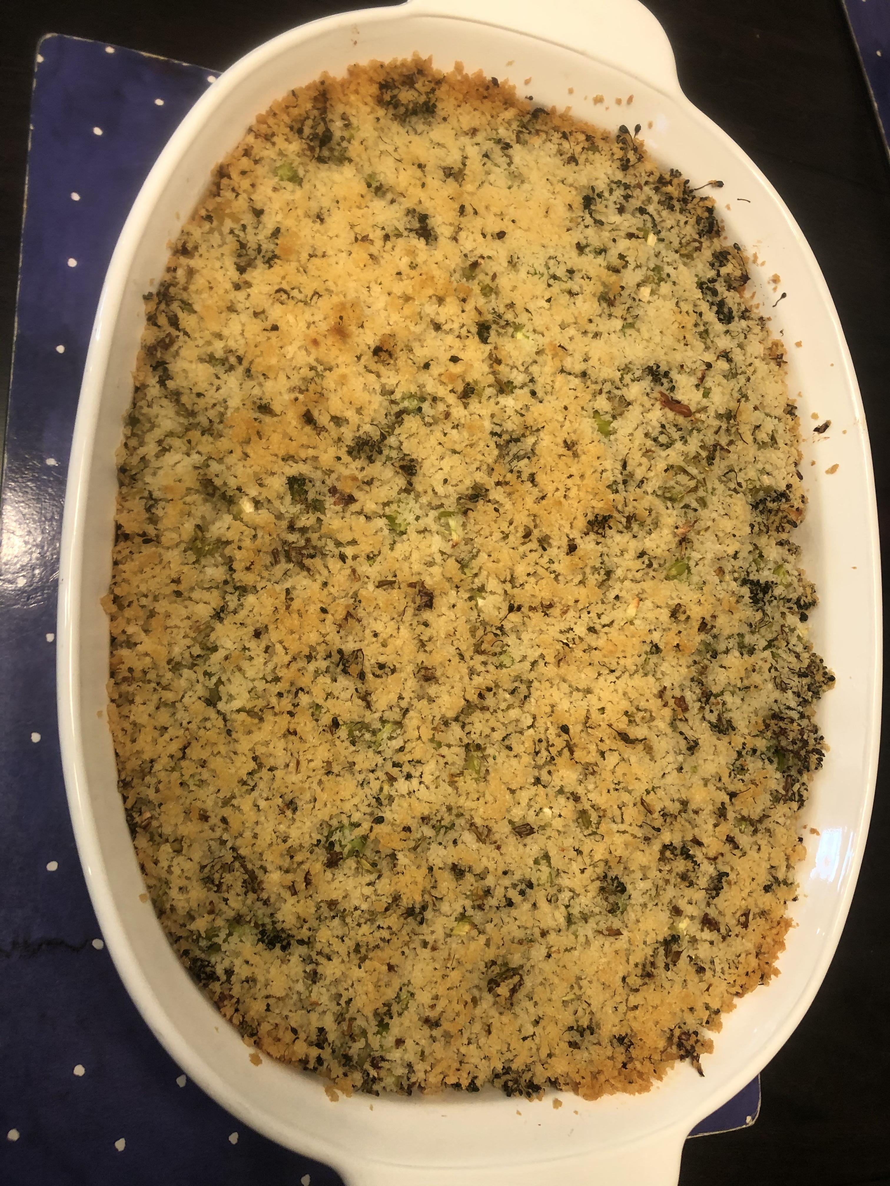 Cheesy Bacon Pasta Bake with Broccoli Crumble deBare