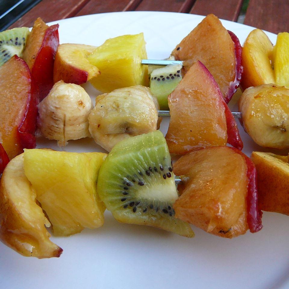 Grilled Fruit Kabobs LauraKKH