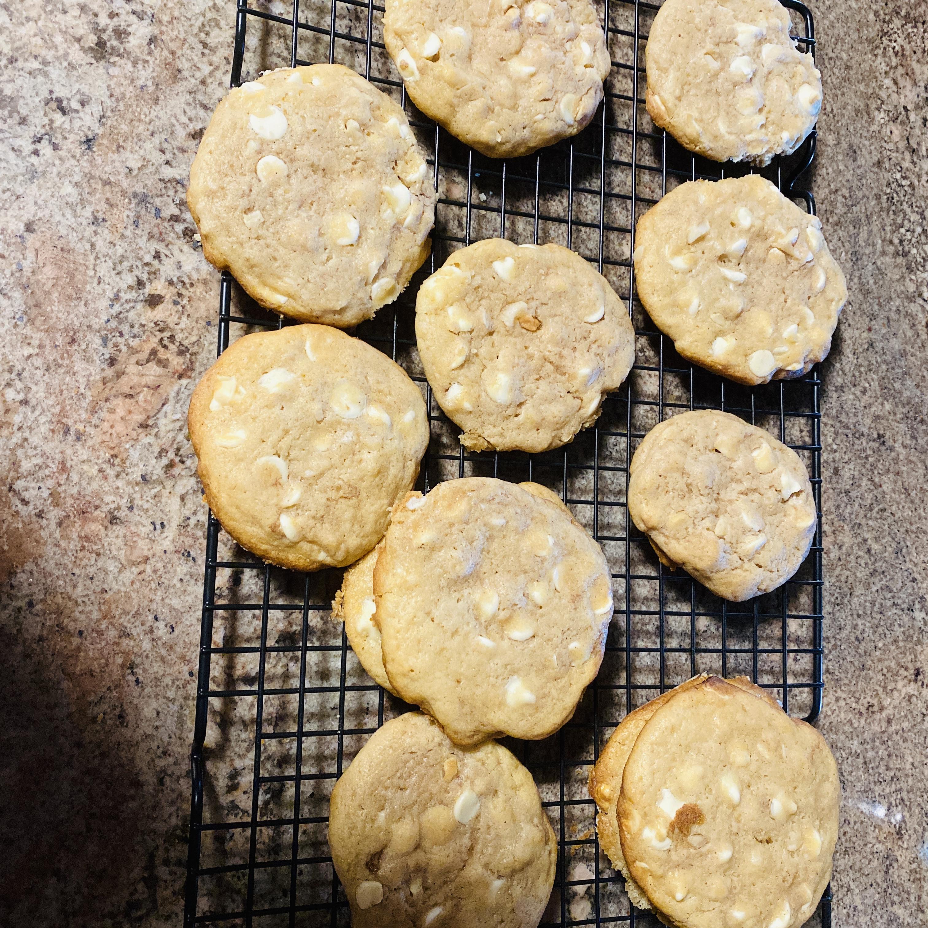 Cinnamon White Chocolate Cookies Vella