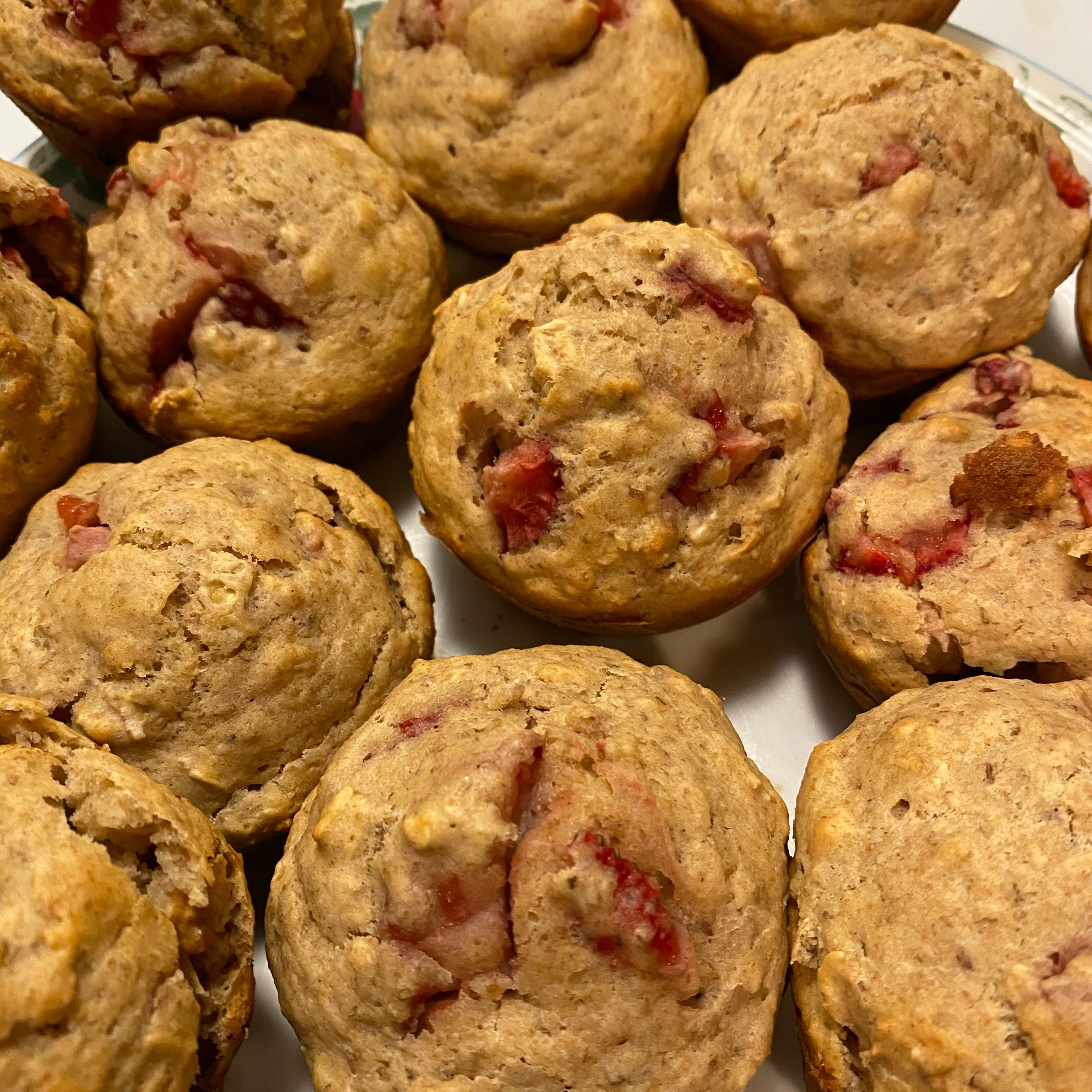 Healthier Fresh Strawberry Muffins 823