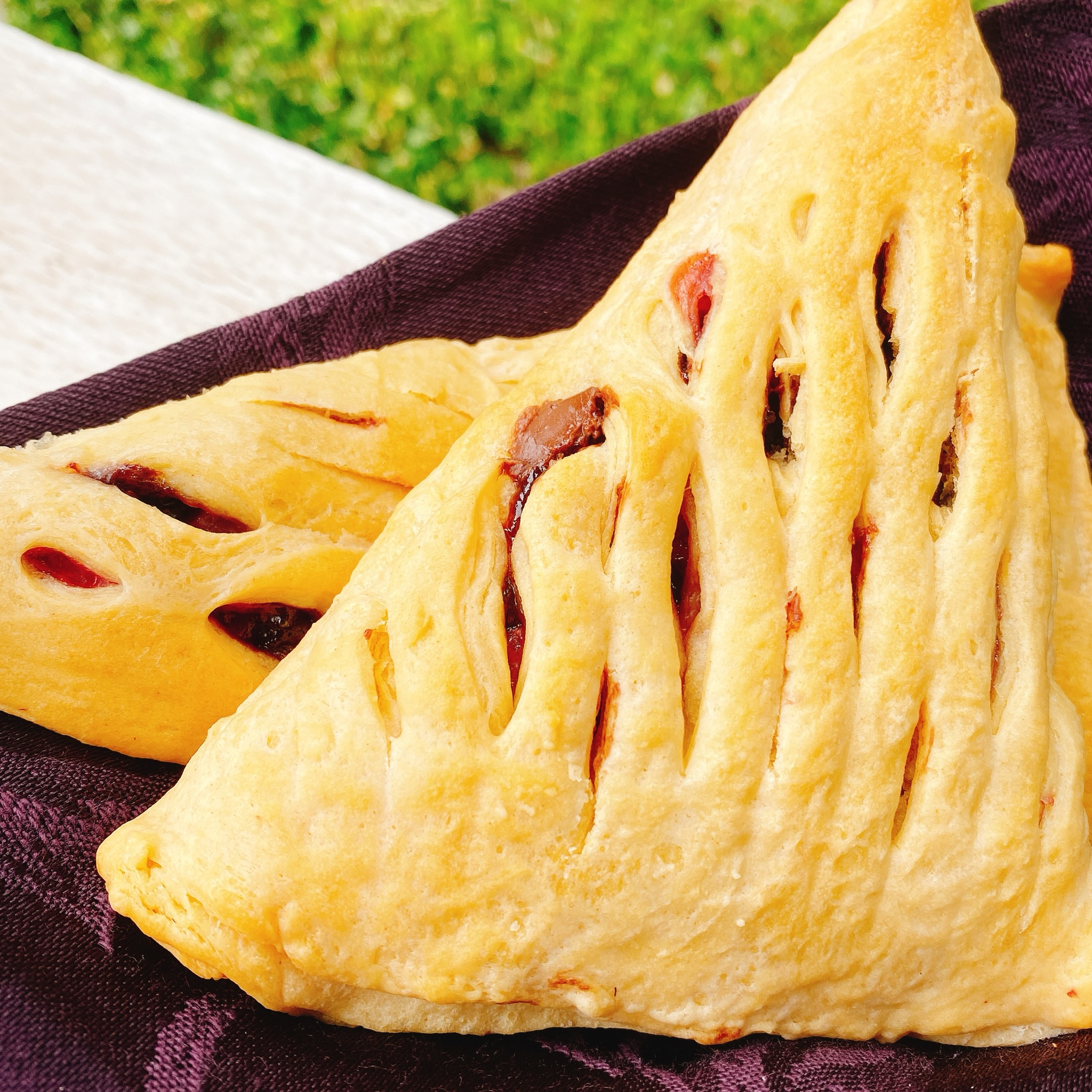 Strawberry-Nutella® Crescent Pockets thedailygourmet
