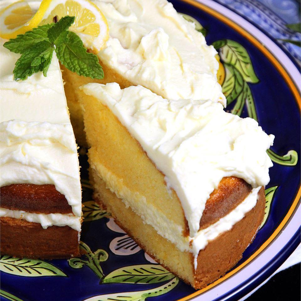 Refreshing Limoncello Cake