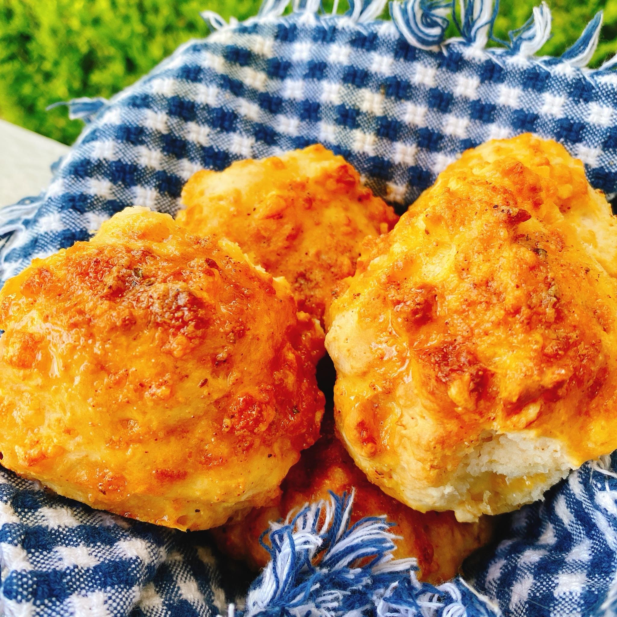 Air Fryer Zesty Cheddar Biscuits