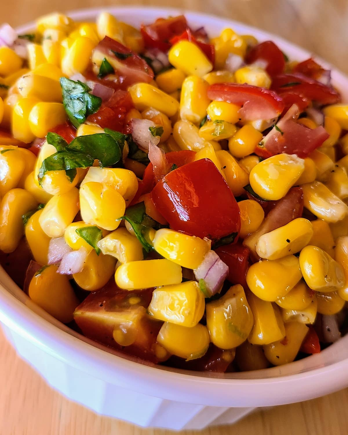 Summer Salad with Grilled Corn and Cherry Tomatoes
