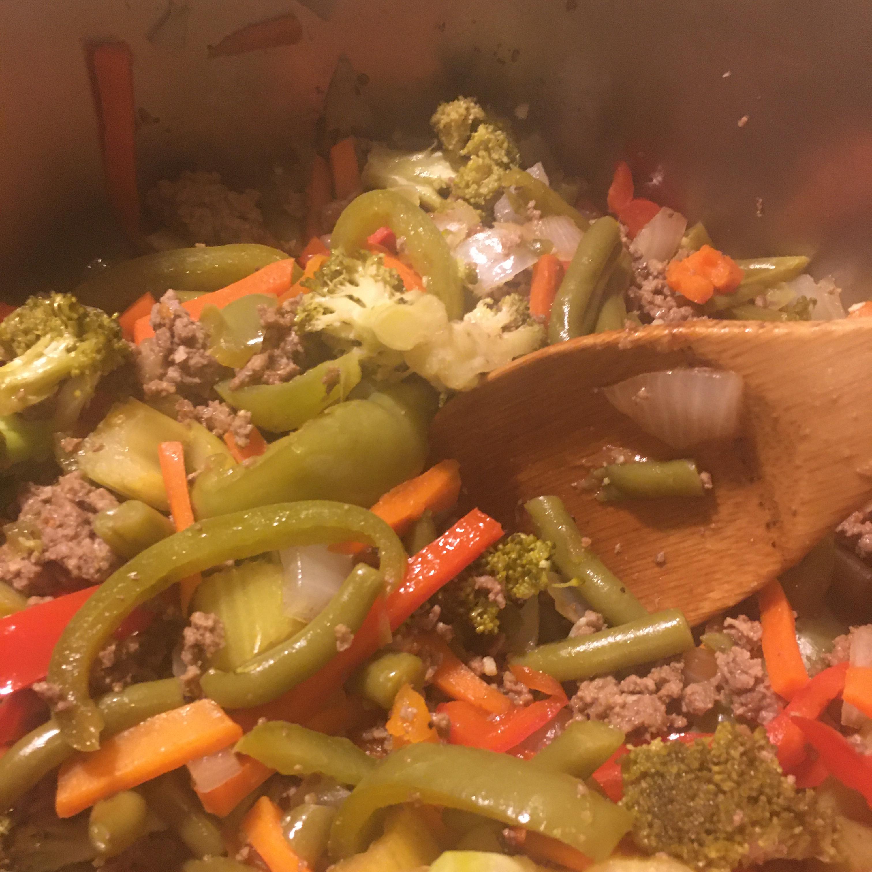One-Pot Hamburger Adobo Dinner