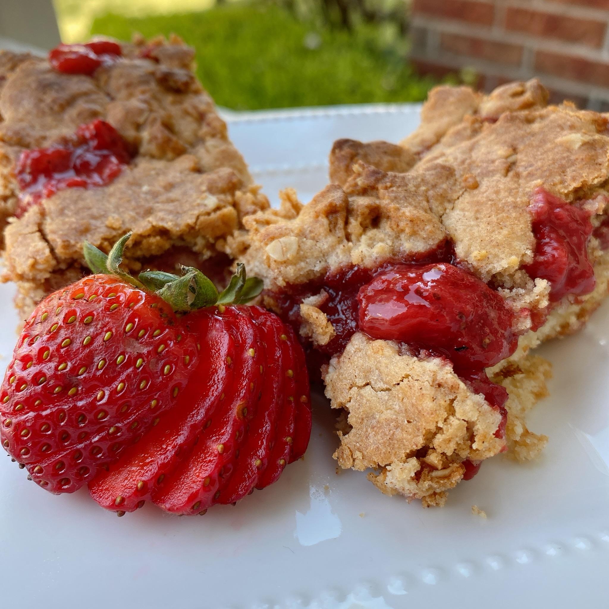 Small-Batch Strawberry Crumb Bars