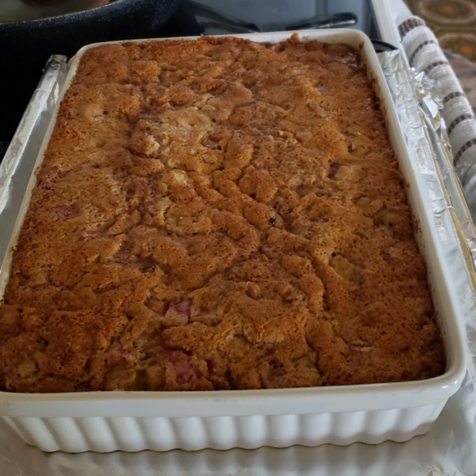Auntie Emily's Rhubarb Pudding