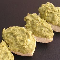 Basil and Pesto Hummus gapch1026