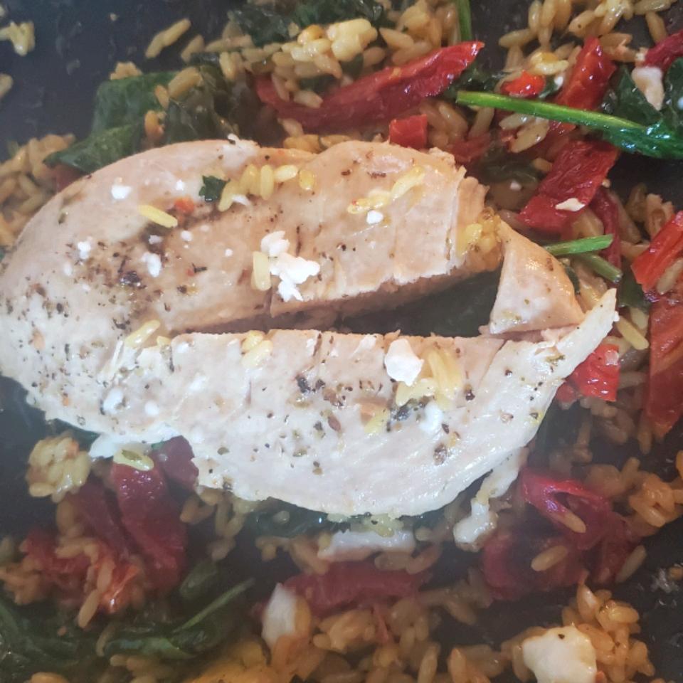Mediterranean Chicken Skillet Dinner