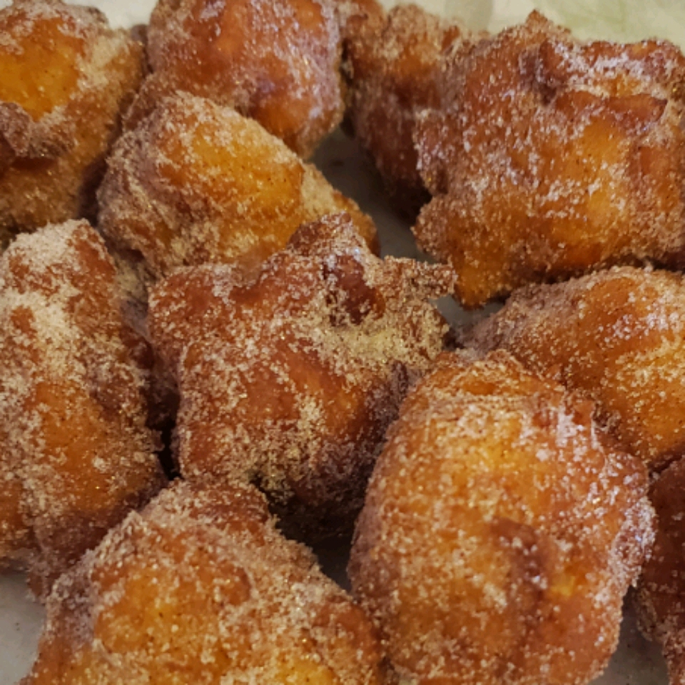 Mom's Apple Fritters Vicky Ramsey