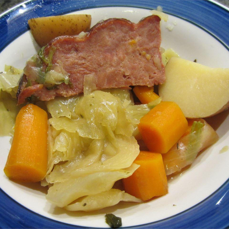 Slow Cooker New England Boiled Dinner