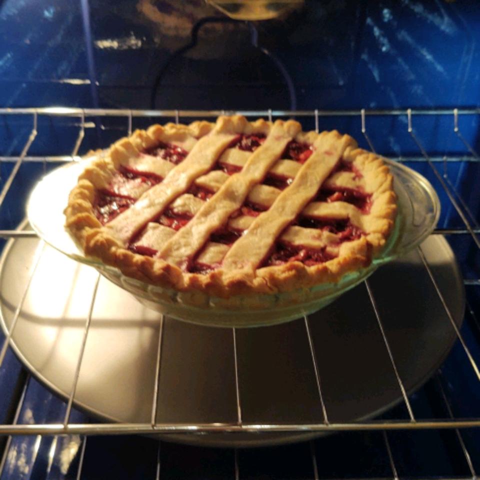 Mulberry Rhubarb Pie alli41385