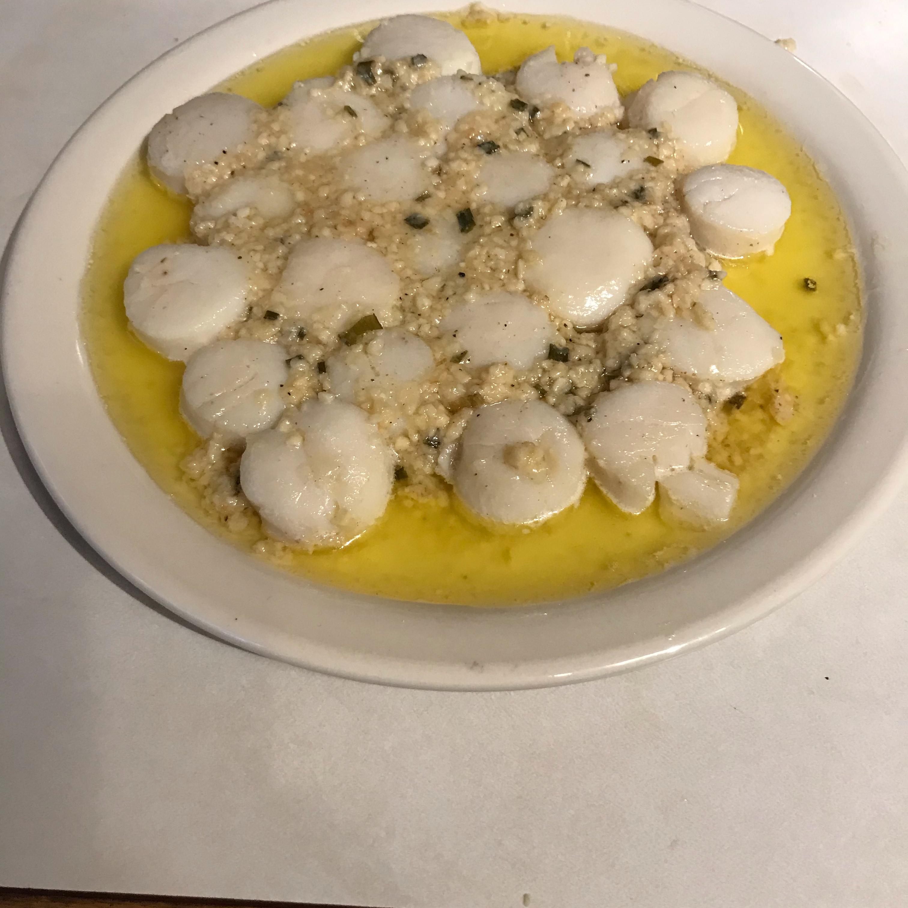 Easy Garlic-Lemon Scallops