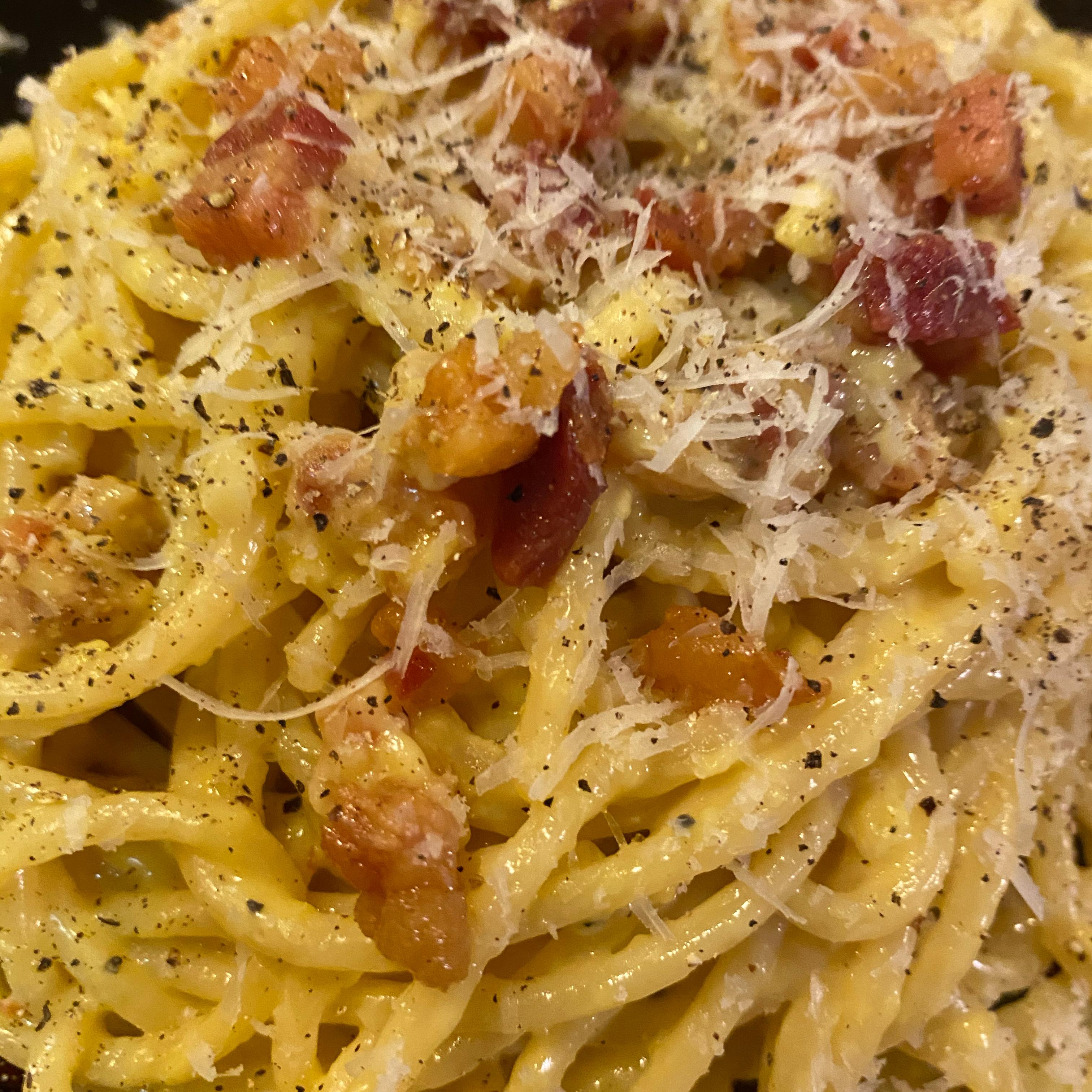 Spaghetti alla Carbonara: the Traditional Italian Recipe