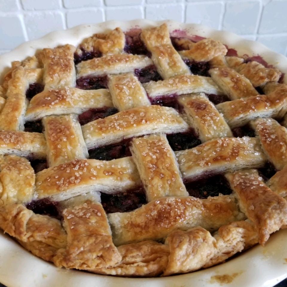 Mulberry Rhubarb Pie TSchmitz