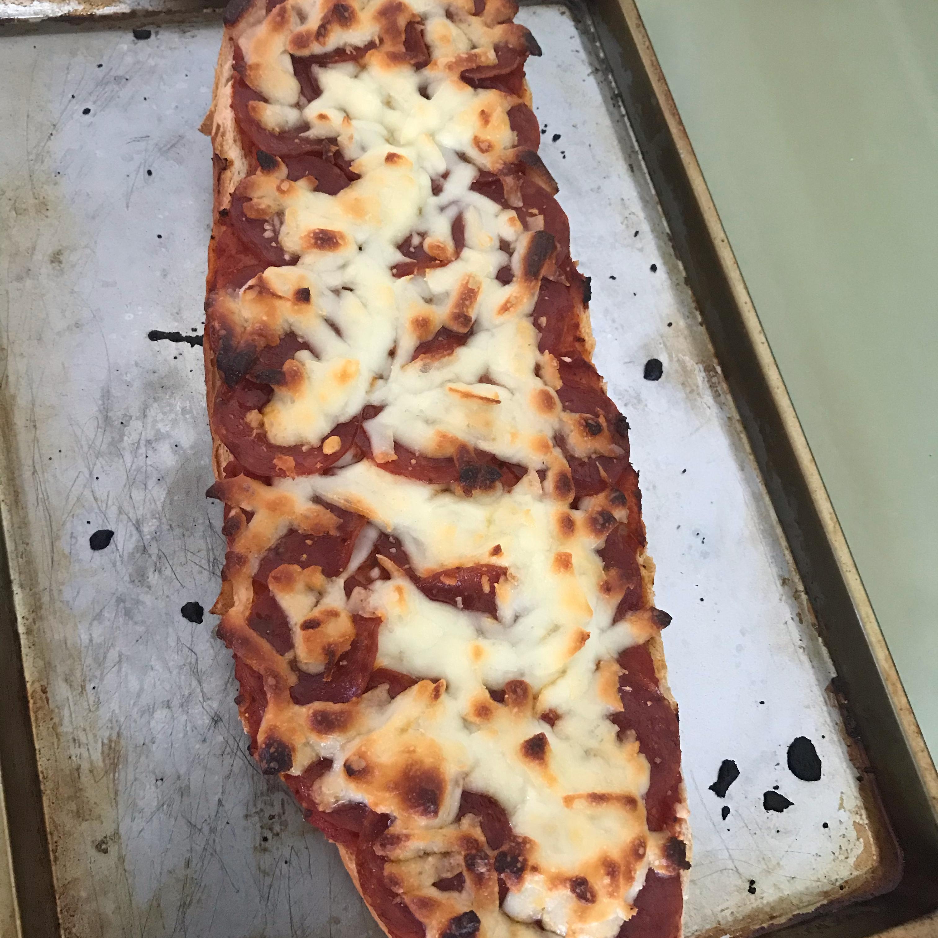 Bakery-Style Pizza faran sohappy