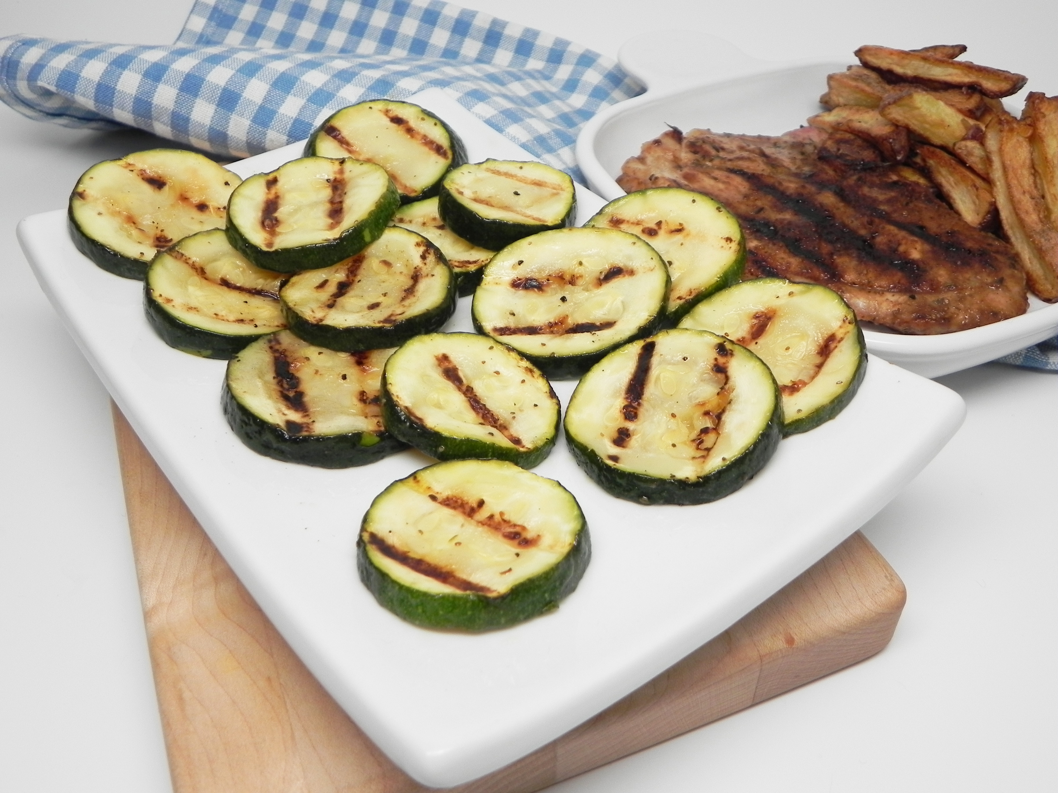 Easy Pan-Grilled Zucchini with Lemon Pepper
