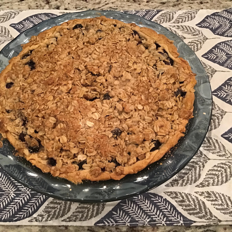 Blueberry Crumb Pie
