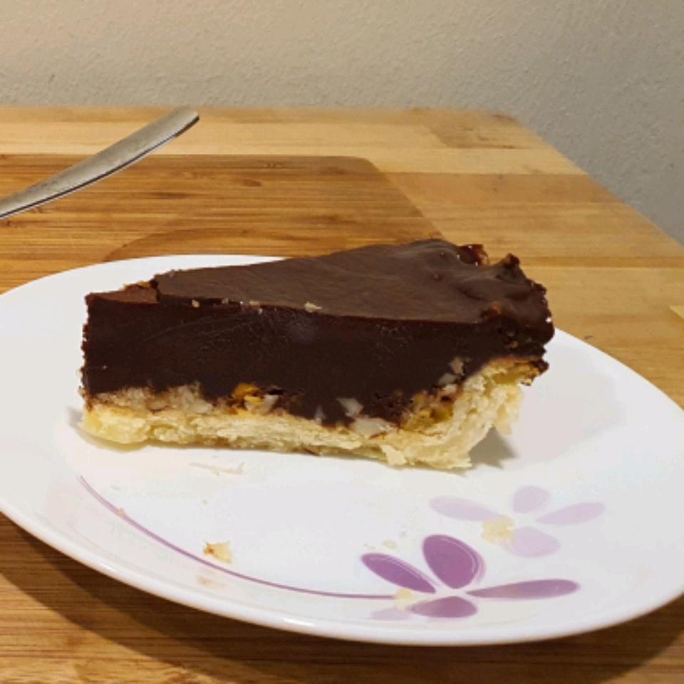 Pecan Crusted Chocolate Truffle Pie Suhéb Khawaja