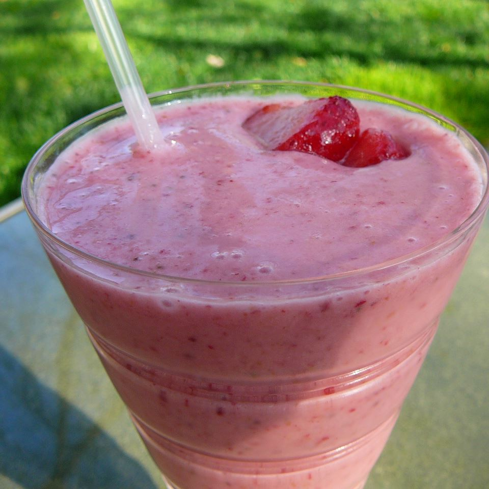 Strawberry Banana Smoothie Tommy H.
