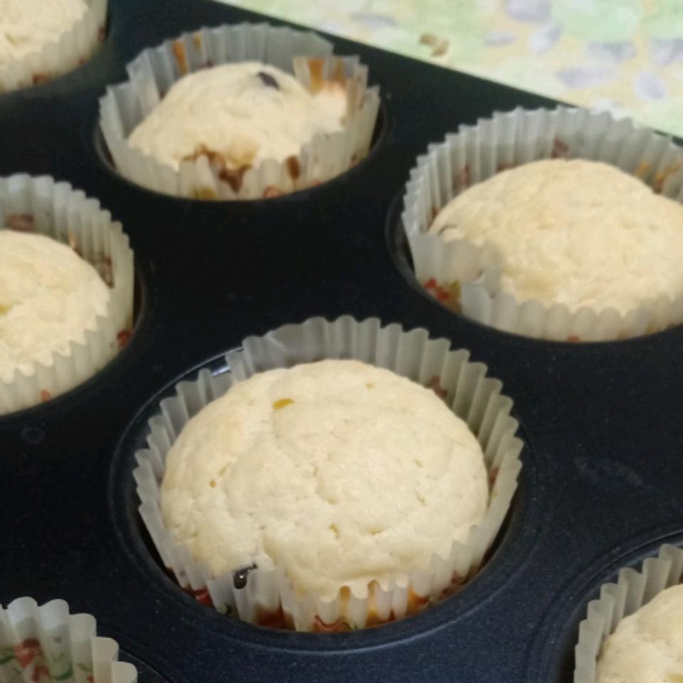 Whipped Cream Cake I Karen Lee