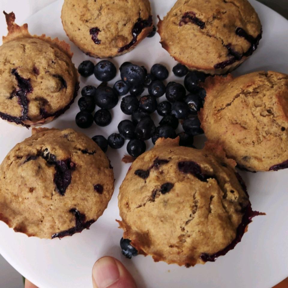 Vegan Banana Blueberry Muffins huesos negros