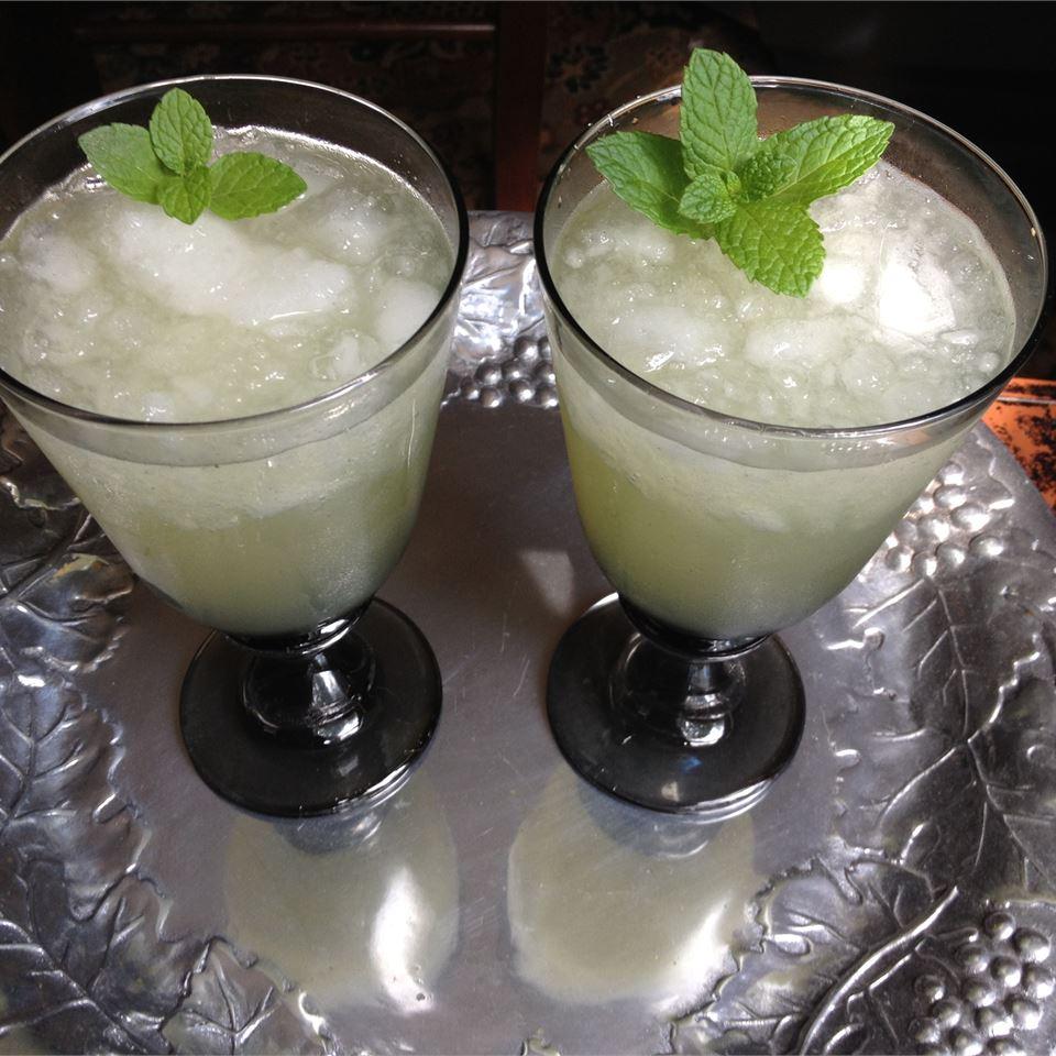 Alcohol-Free Mint Julep lifesongsofabusymom