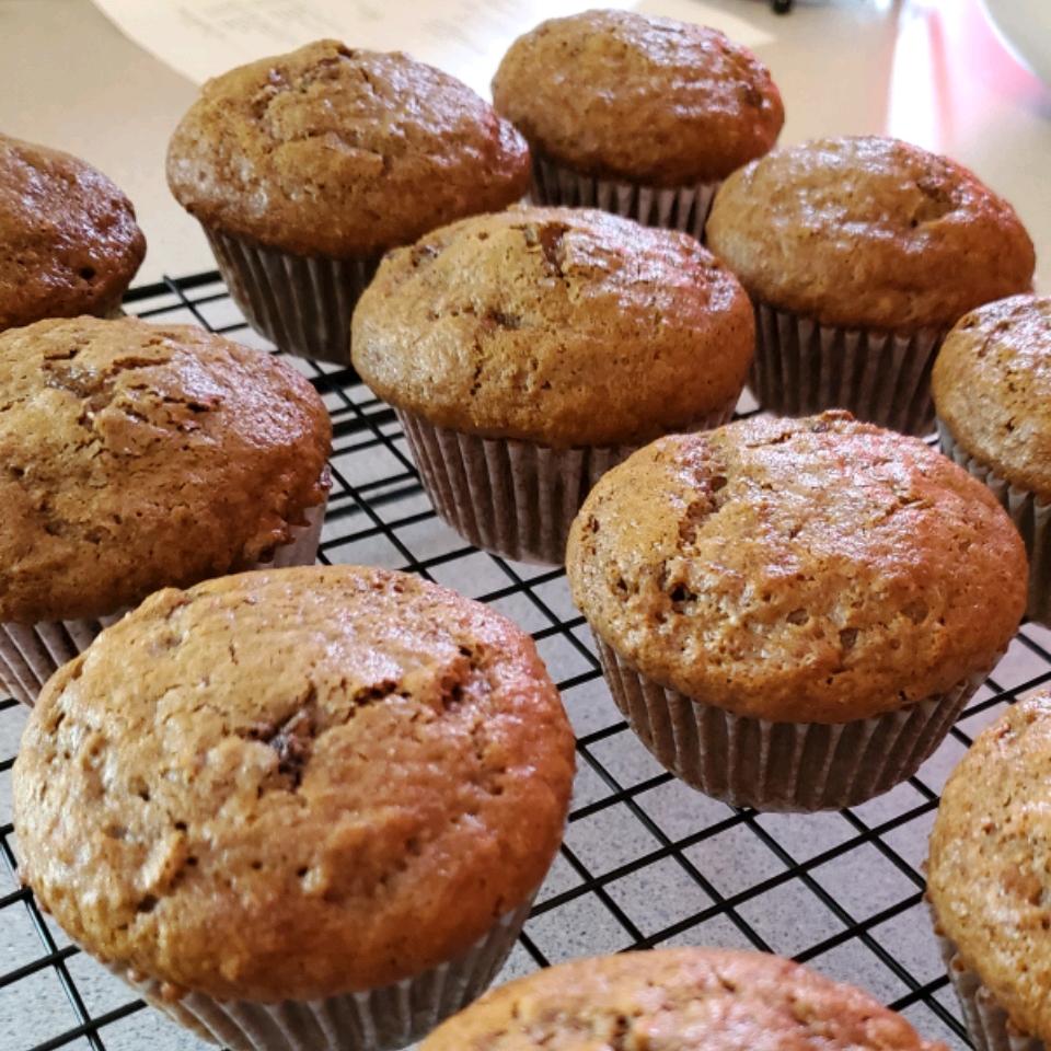 Yummy Bran Muffins Hollie Oman-Coleman