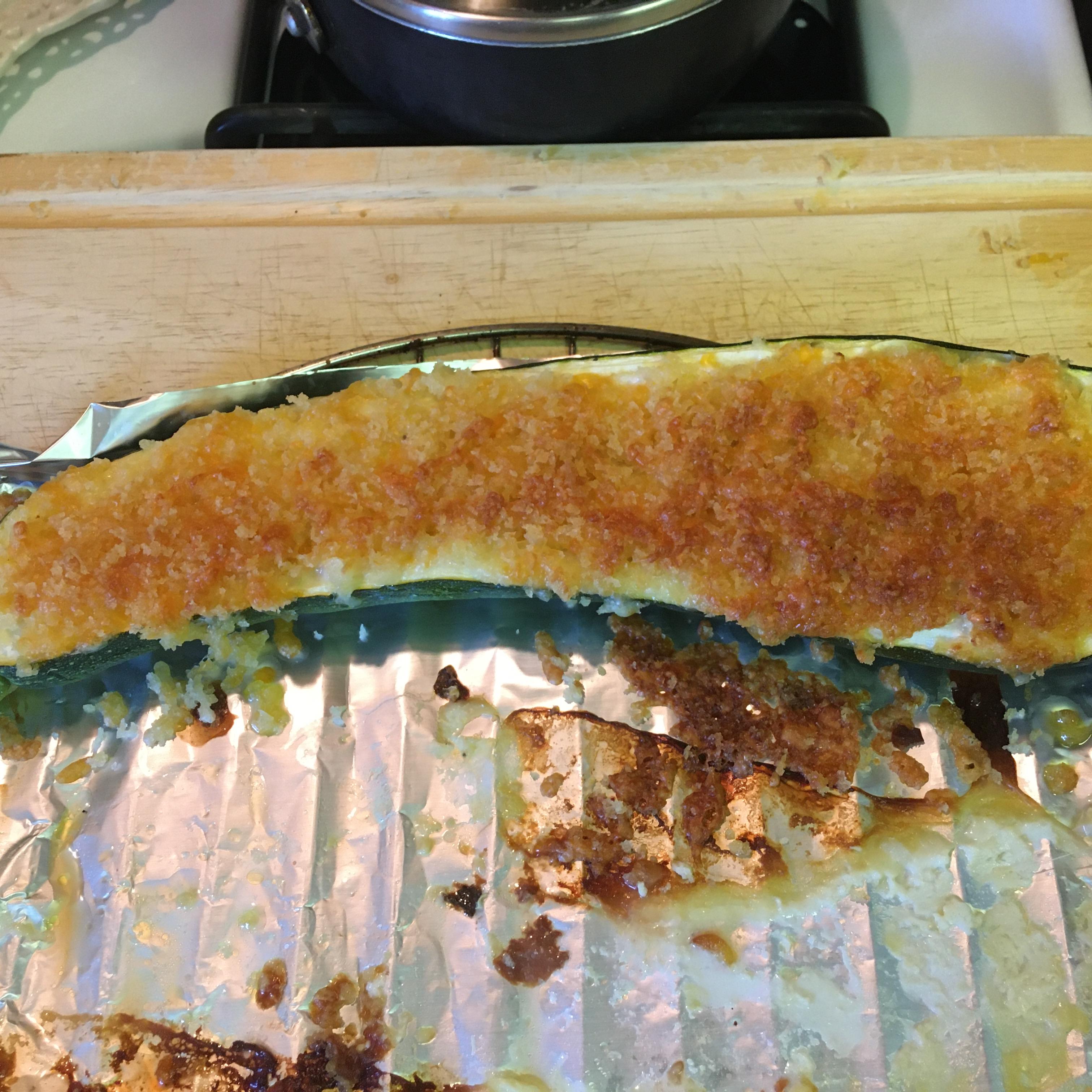 Corn-Stuffed Zucchini jofus109