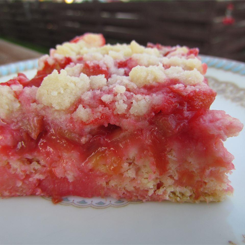 Mom's Rhubarb Cake maggiecain